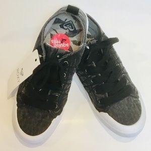 🆕 Roxy Black Thalia Low Top Sneaker Shoes Wm Sz10